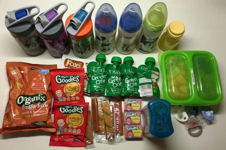 Meals and snacks on board a plane