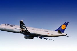 Family Flying Review with Lufthansa - infant tickets, luggage allowances, baby cots and more