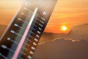 summer heat thermometre Abu Dhabi