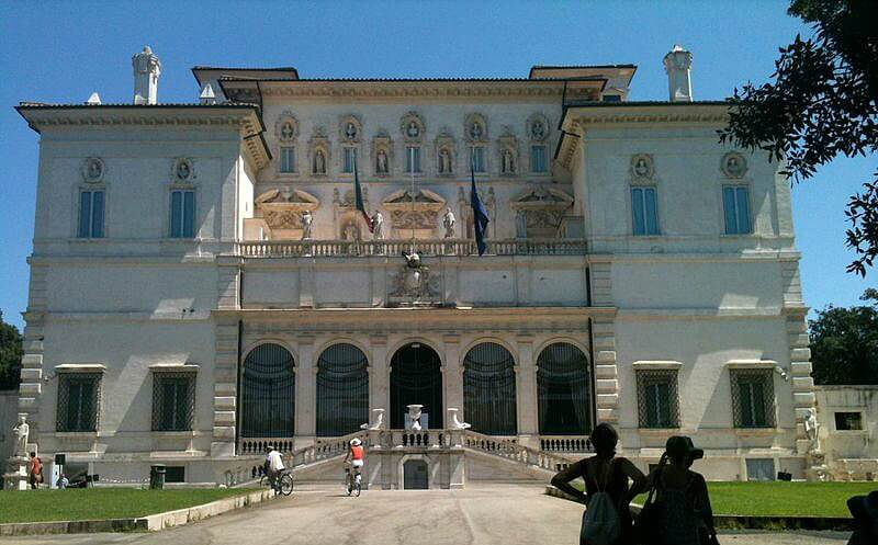 Villa Borghese Rome - a good area to stay when visiting Rome with a Baby | OurGlobetrotters