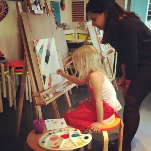 Art Class at the Bulb ~ Indoor activities in Abu Dhabi