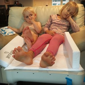 Jet Kids Bed Box tested by frequent flyer family The Globetrotters