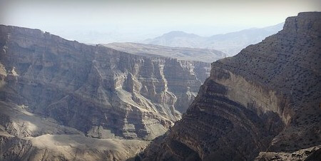 Visit Jebel Shams and the Hajar Mountains How to tour Oman by road | A first-timers guide to visiting top tourist destinations in Oman