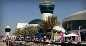 Yas Marina Promenade - bustling markets in winter