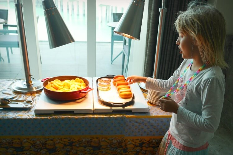 Kids buffet | Brunch at Crust Four Seasons Abu Dhabi | A family-friendly Friday dining option | Review by Our Globetrotters