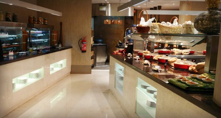 Buffet selection | Brunch at Crust Four Seasons Abu Dhabi | A family-friendly Friday dining option | Review by Our Globetrotters