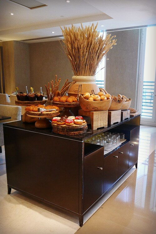 Bread and Pastries display | Brunch at Crust Four Seasons Abu Dhabi | A family-friendly Friday dining option | Review by Our Globetrotters