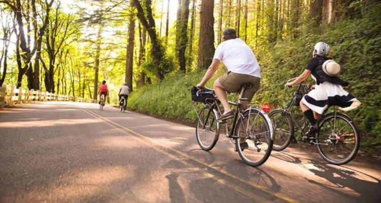 Top 10 U.S Destinations for Summer Bike Riding