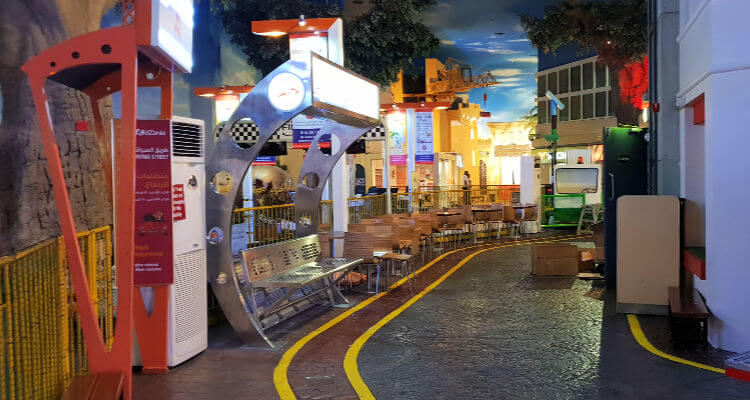 Kidzania Dubai Review | incide the streets