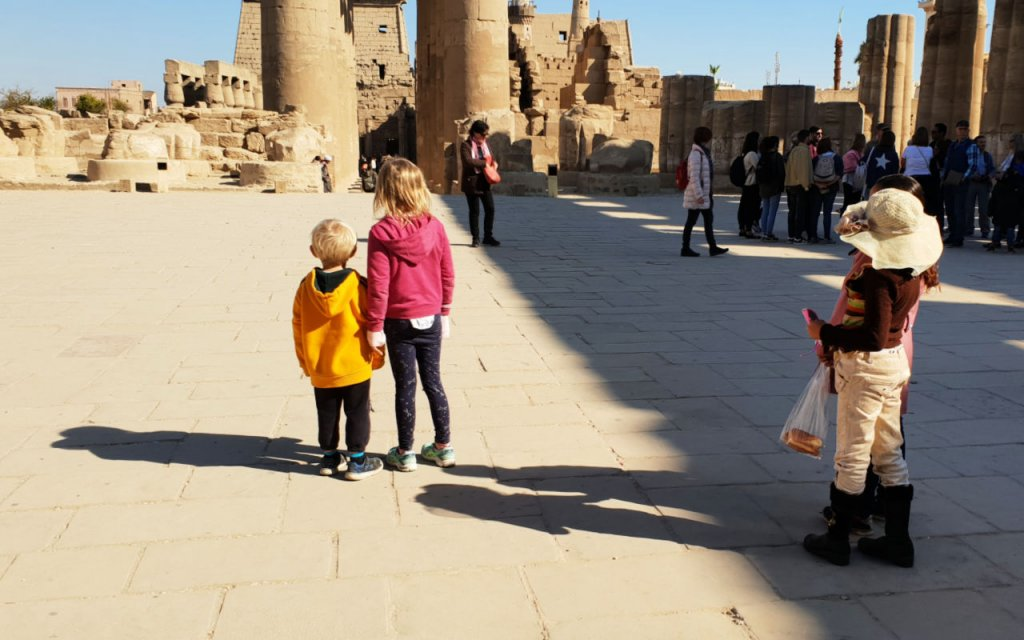 Luxor Temple children