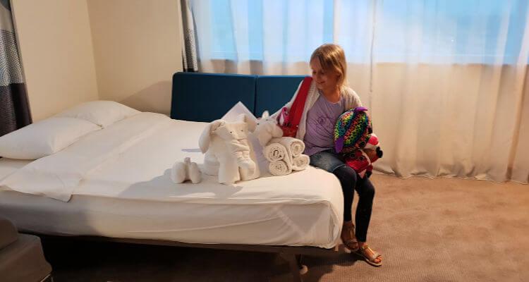 Towel Art | Novotel World Trade Centre Dubai Family Review