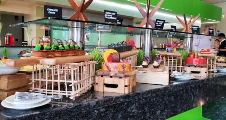 Enytres Nous Friday Brunch | Novotel World Trade Centre Dubai Family Review