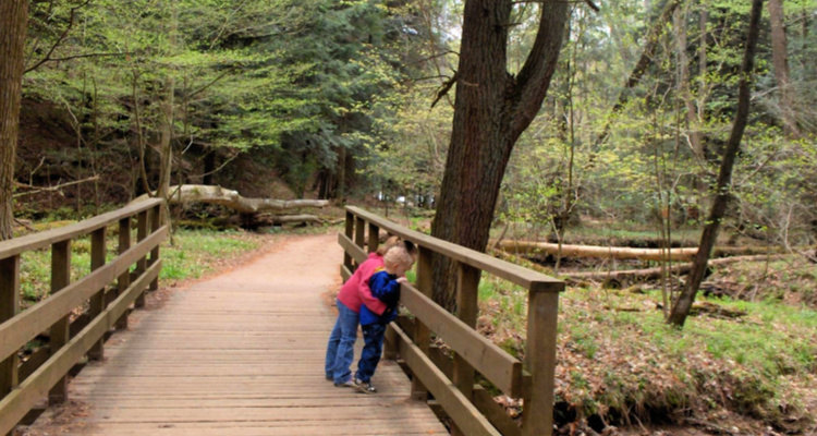 Kids exploring in Hocking hills