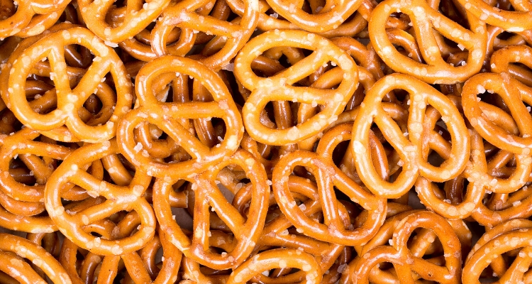 healthy snacks pretzels
