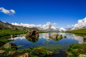 Beautiful Lake in Switzerland - off the beaten path destination ideas for families