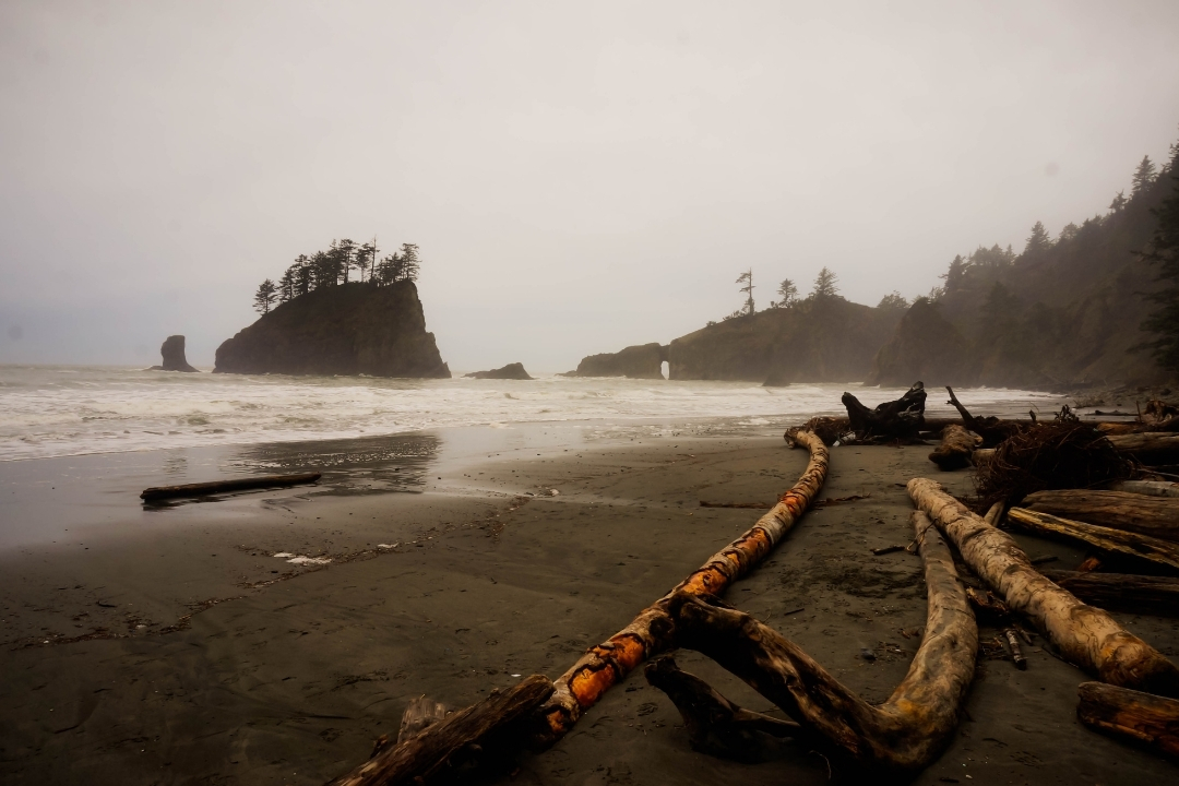La Push First beach - Best Beaches Olympic Peninsula Washington